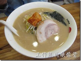 台北-日本六丁目拉麵。這兩碗也忘記名字了,可能是叉燒拉麵之類的吧!