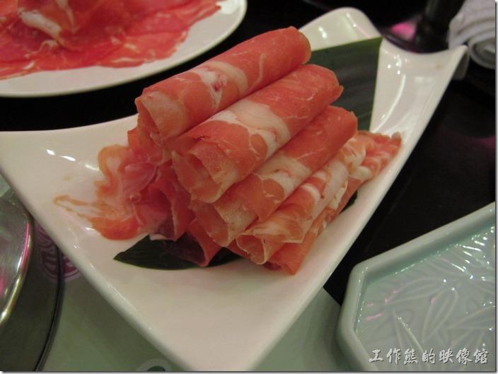 上海御香海(御味道)小火鍋。羊肉,羊艘味有點重,個人不是很喜歡。