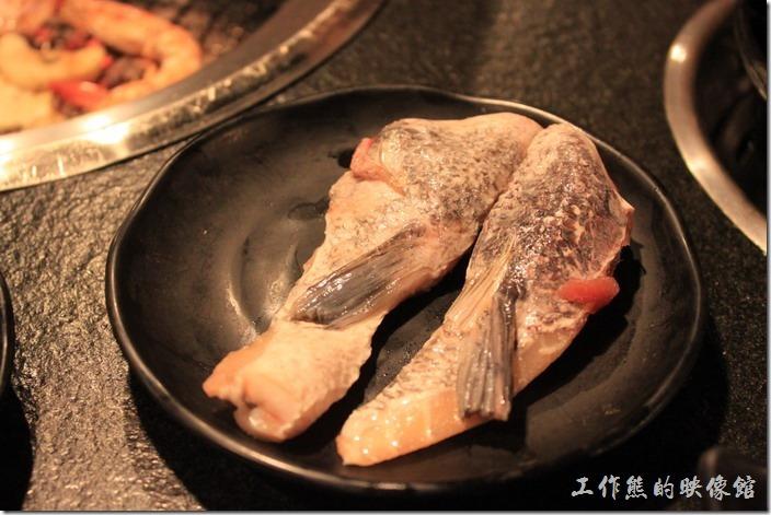 台南-逐鹿焊火燒肉。魚下巴