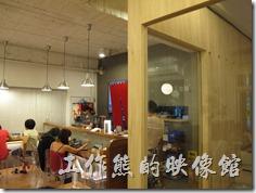 台南-京正拉麵,室內一隅。