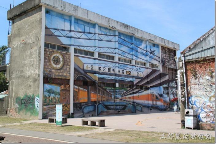 高雄-駁二。立體3D捷運站