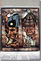 高雄-駁二。「順、旺、添、財、榮、德、金、富」,這是勞工博物館後面的畫作,其實出外打拼求的不也正是這八個大字嗎?
