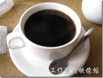 台南-伊莉的店。這裡的咖啡只有美式咖啡。