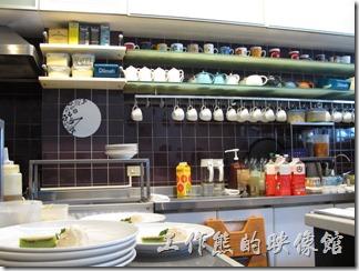 台南-oilily_caffee。餐廳其實蠻乾淨的,應該沒甚擔心人家拍照的。