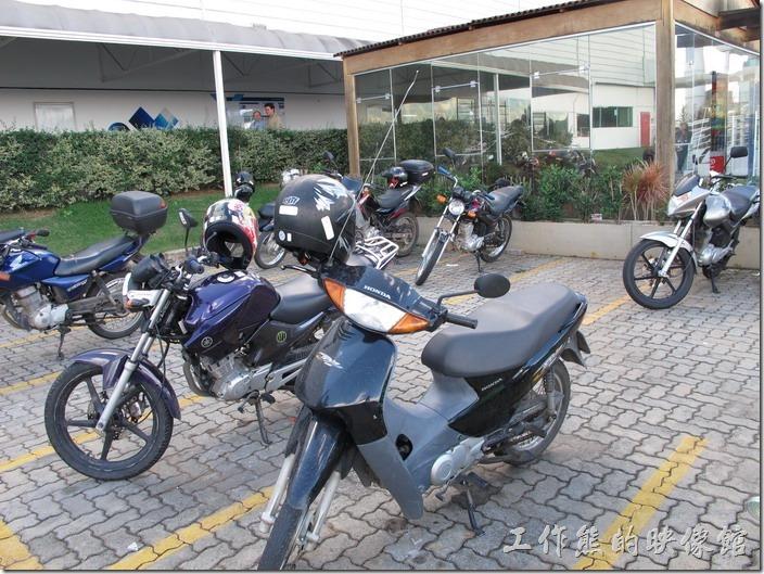 巴西-摩托車鉤子