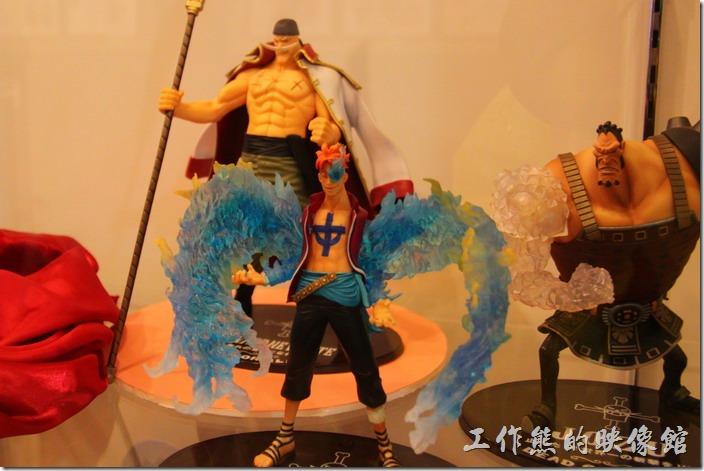 日本北九州-豪斯登堡(千陽號)。白鬍子海賊團。
