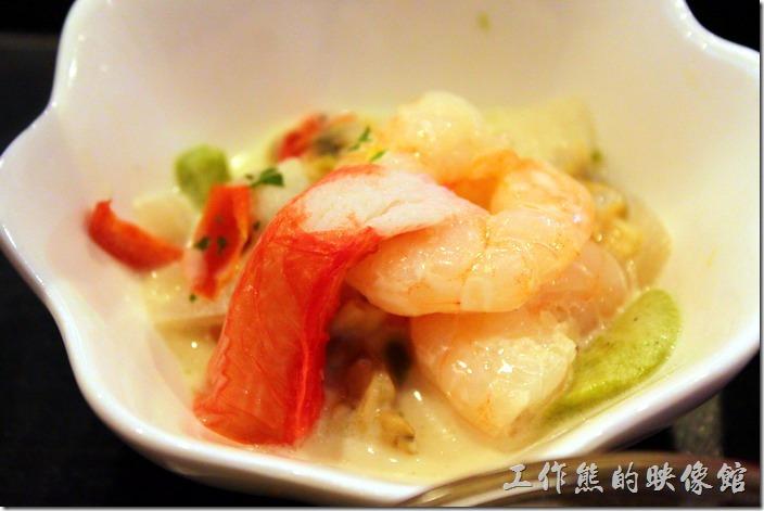 【博多祇園Hotel dormy inn】的早餐,這碟蝦子好漂亮也好好吃。