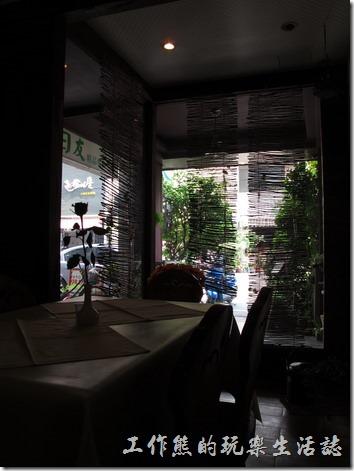 台南洋蔥咖哩工房餐廳內的一隅。