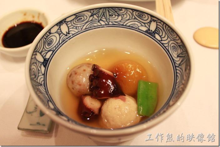 日本北九州-由布院-彩岳館。7.煮物─石川小芋(芋頭)、章魚、豆子等物。