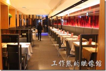 台南西堤民族店的內部裝潢。