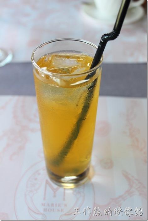 台南-瑪莉洋房(Marie's House)。冰的玄米茶。這是今天的特調飲料,但就是一般的冰玄米茶。
