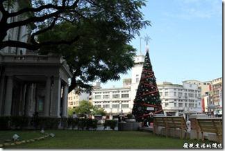 與台灣文學館對街的119消防隊也是一棟有歷史的建築。