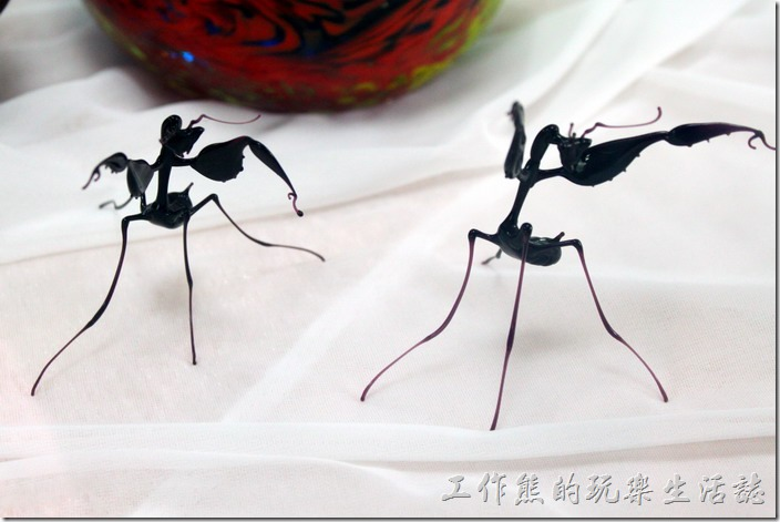 台南-安平老街。這螳螂做得不錯,我是覺得型態不錯啦!細節我就不清楚了。