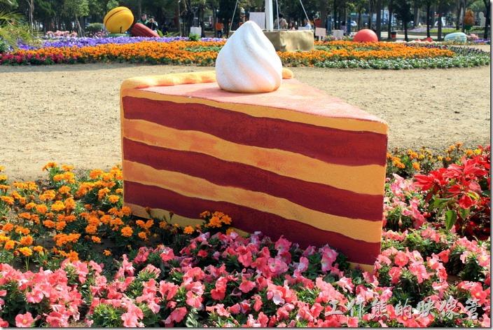 台南-2015百花祭。蛋糕造型裝置藝術。