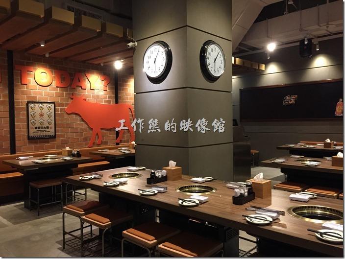 乾杯燒肉南港店的餐廳還環境。