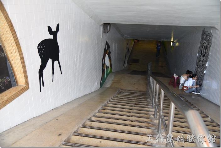 台南市衛民街地下道-新台壁-百會穴10