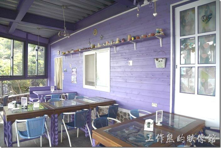 南投清境-瑪格麗特花園餐廳。下層為紫屋餐廳。