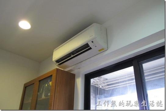 大金分離式冷氣室內機綠燈閃爍,不出風沒冷氣,錯誤代碼查詢