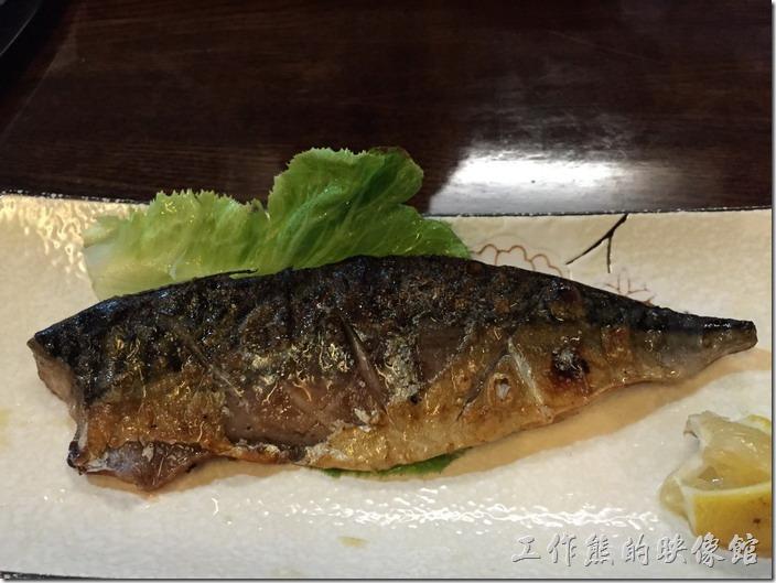 昆山-陣屋日本料理。鹽烤鯖魚,RMB45。同事每次來都點這道,應該有一定的水準。