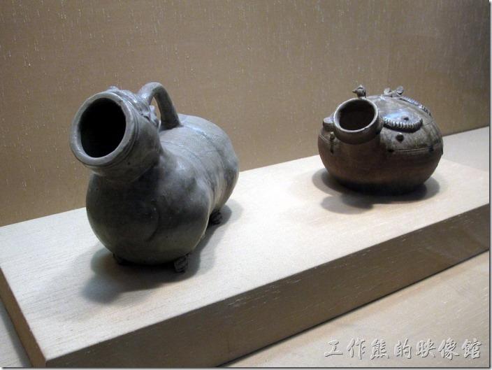 蘇州博物館。這個「尿壺」在古代叫「虎子」。