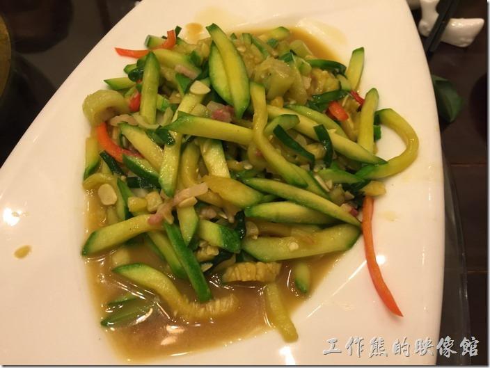 崑山-老阿爸野魚館。鹹肉炒南瓜絲,RMB22。南瓜不錯吃。