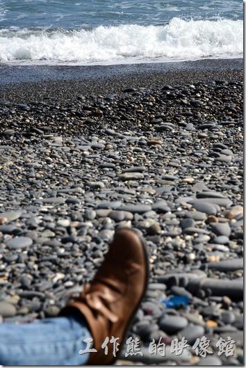 旭海牡丹灣。坐下來聽海的聲音