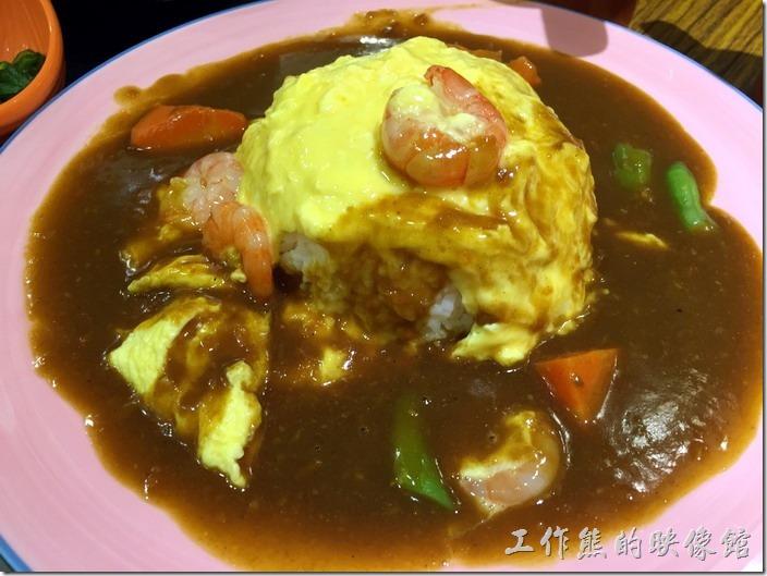 [台北南港]本家咖哩。滑蛋蝦仁咖哩飯,NT130。這蝦子好像水晶,不過吃起來還可以。