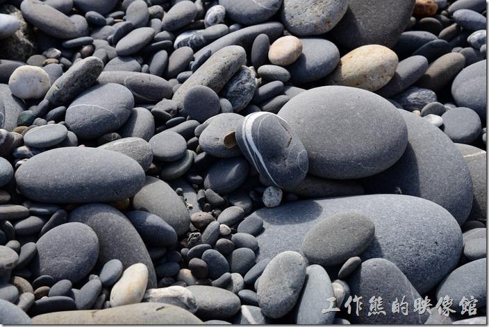 牡丹灣的石頭。