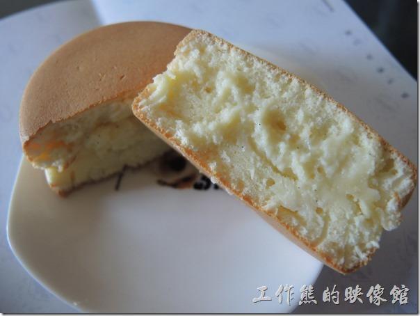 台南-宇田家菓子燒。『香草牛奶』菓子燒。