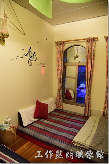 高雄那瑪夏-寧妮谷露營民宿。3+1人客房。