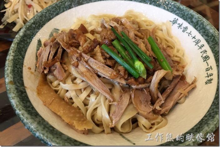 台南新營【華味香鴨肉羹】幸福.花園.鴨料理