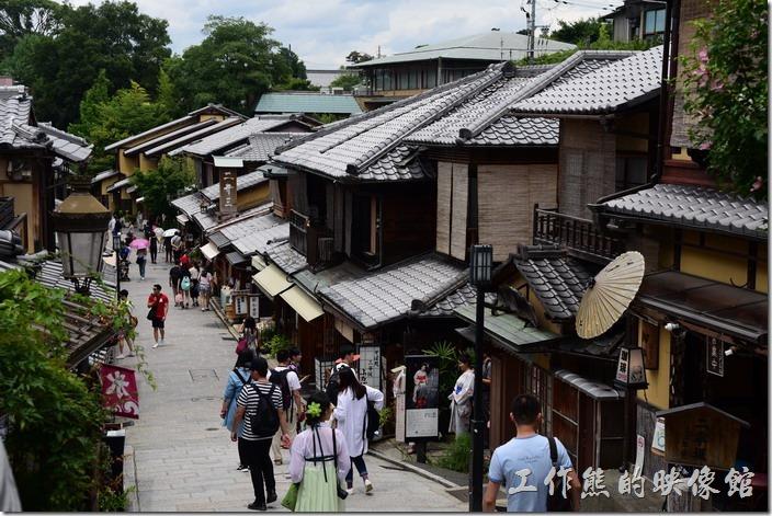日本清水寺二年坂的景緻。