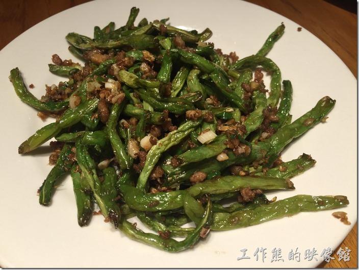 南港-開飯川食堂。乾煸四季豆,NT220。這四季豆做得還可以,不過火喉似乎還稍嫌不足,四季豆應該要再脆一點,而絞肉應該也要再多一點。