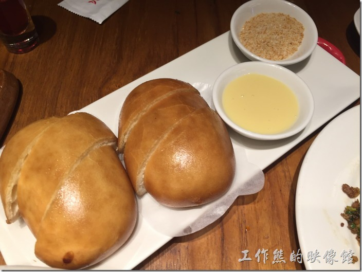 南港-開飯川食堂。炸銀絲卷,NT80。這銀絲卷的口味只能說普通,但小朋友喜歡吃。