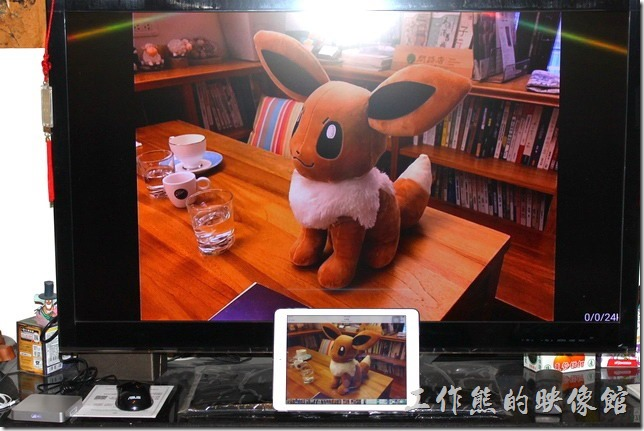 千尋盒子開箱。也可以利用AirPlay來播放iPad上的圖片與畫面。