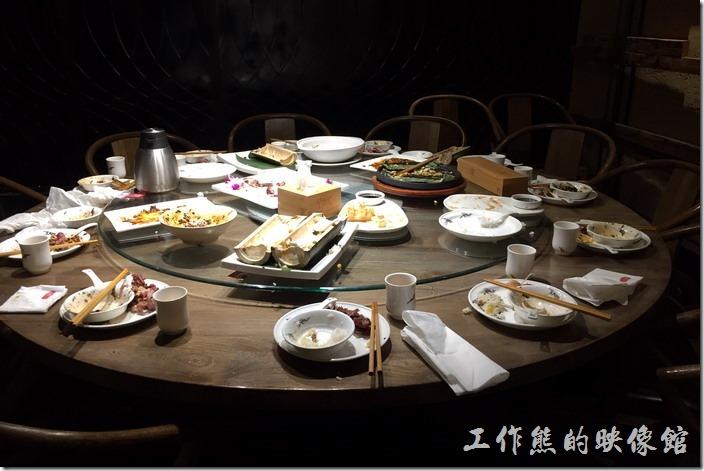 昆山-辛香匯。整體而言,這辛香匯的菜色還是可以的,可能沒有點到這餐廳的招牌菜色,所以用過餐後並沒有覺得很突出,看來下次得自己來點一下自己愛吃的菜色了。