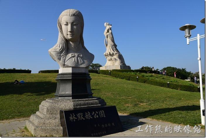 [台南]林默娘公園,曬太陽、吹海風、散步、放風箏、遛狗的好去處