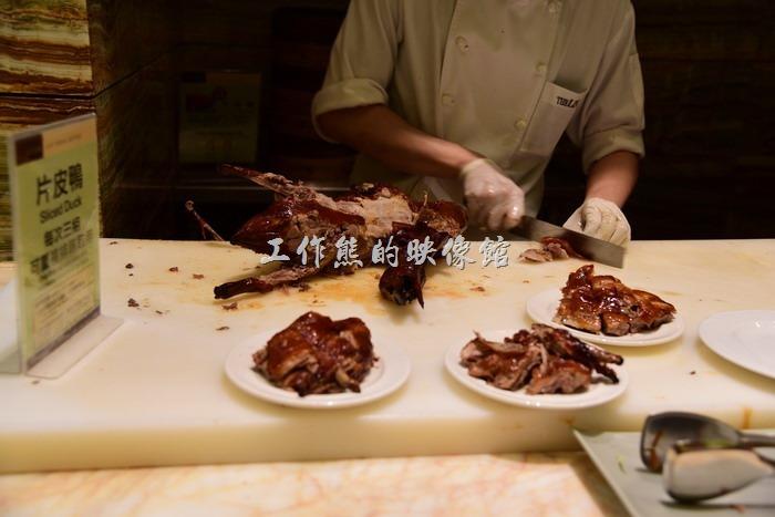 台中林酒店。片皮鴨的味道還不錯。