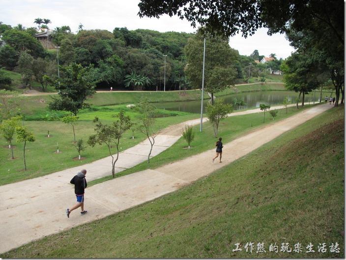 [巴西]Sorocaba索羅卡巴小鎮的運動公園(Parque Cartos Alberto de Souza)