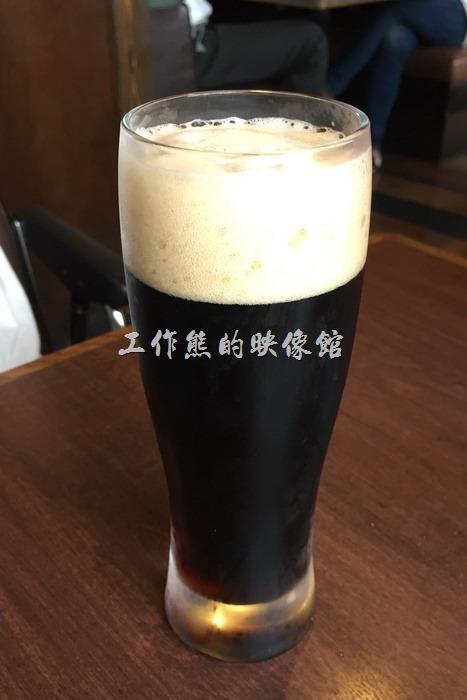 日本神戶-嚇一跳的驢子。無酒精黑麥啤酒