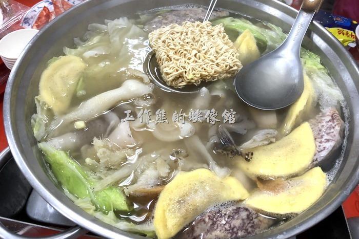 高雄茄萣-海魚翅火鍋20