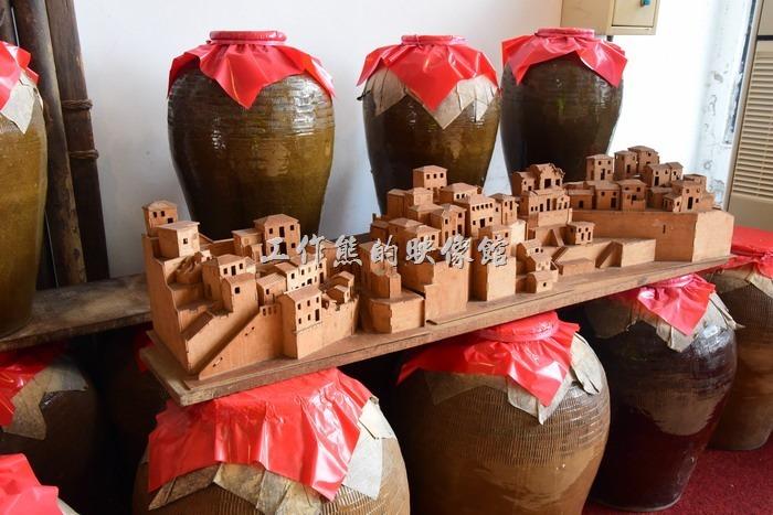 馬祖南竿-馬祖酒廠。這個模型不知道是芹壁聚落還是律沙聚落,總之就是馬祖當地的特色石頭屋建築。