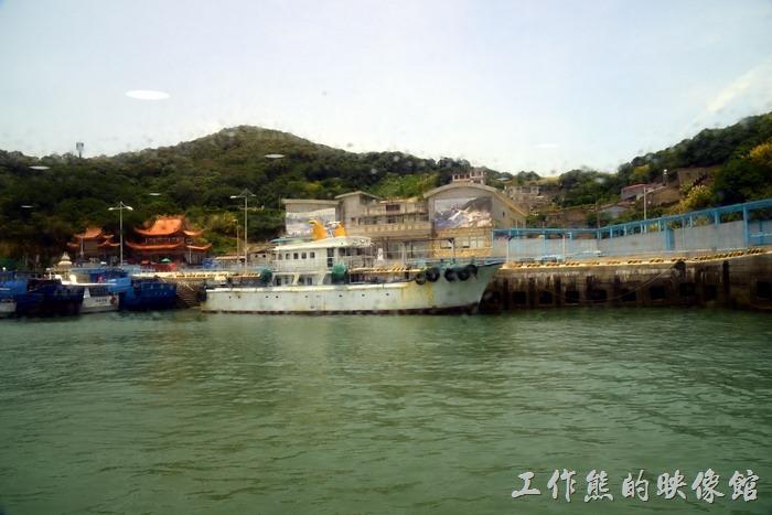 北竿島的「白沙港」,整個給人的感覺比南竿的「福澳港」落後很多啊!
