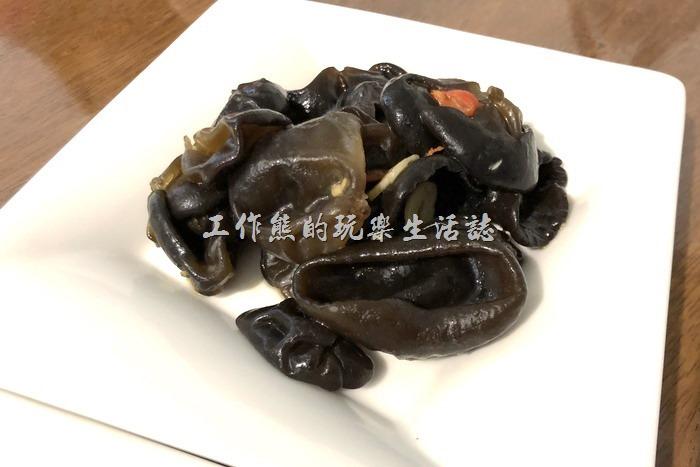 台北東湖-喜相逢麵館。涼拌秋木耳,NT60。