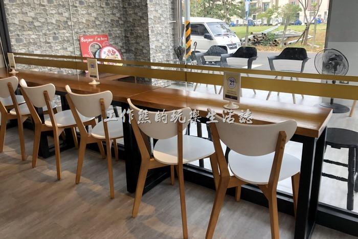 【6吋盤早午餐】台南立賢店的店內一隅!