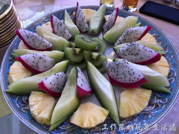 台北-頂鮮101景觀餐廳。臻品當令鮮水果。