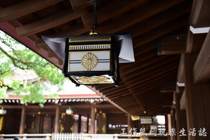 明治神宮之神樂殿的宮燈。