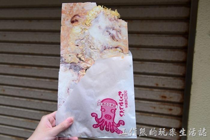 來江之島必定要吃的超大章魚煎餅(仙貝)。