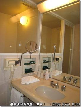 hotel_Rihga Royal Hotel Sakai _日本,就是這個浴室讓我覺得有點扣分,感覺有點老舊,當然這是跟其他的新飯店比較的啦。