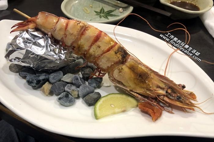 台南銀座日本料理餐廳。鹽烤大明蝦,鹽烤大蝦,美味,淋上點檸檬汁,味道更有層次。